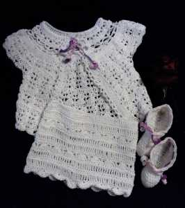 Newborn baby girl knit set
